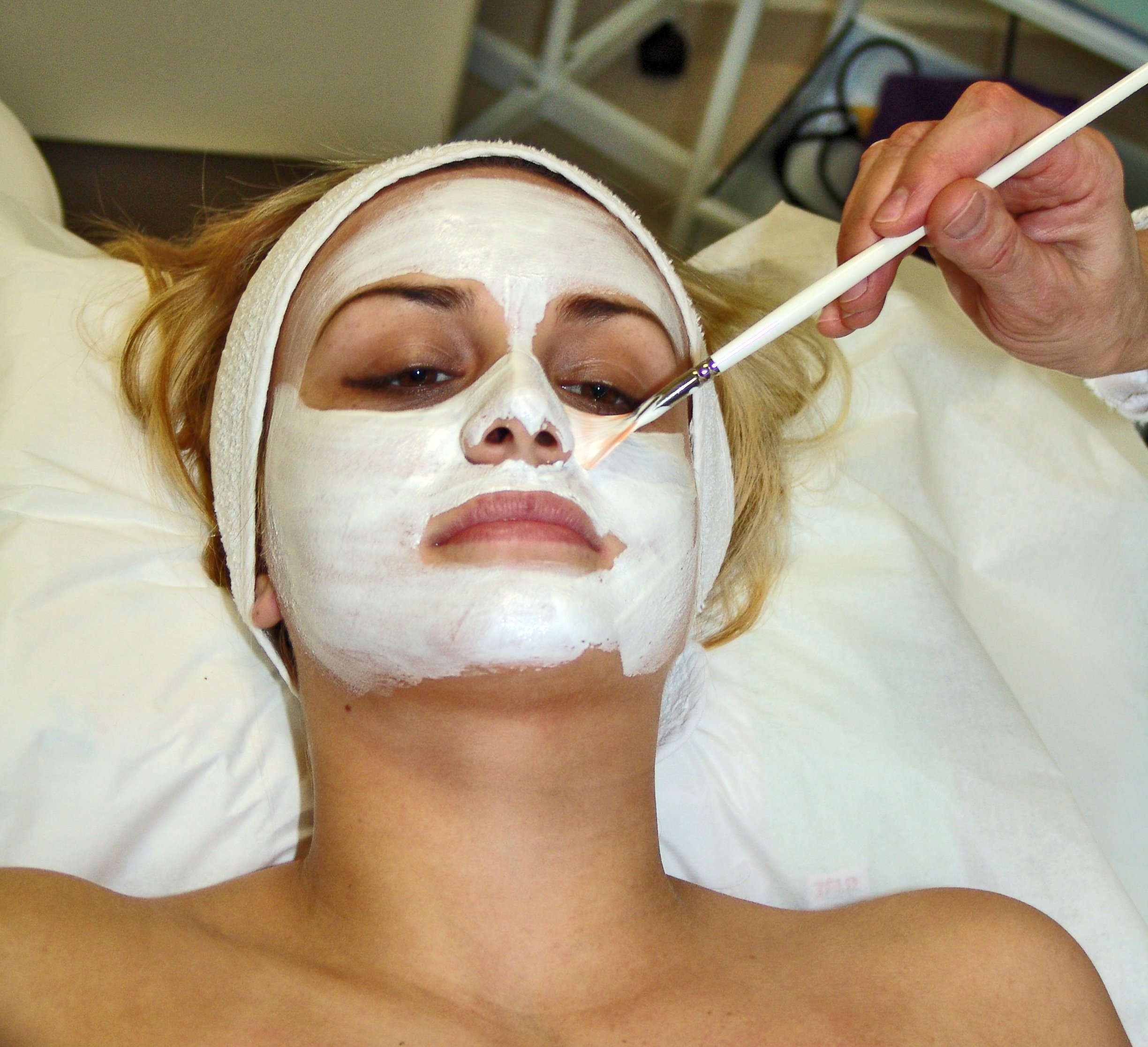 Facial_mask with Patchouli Essential Oil